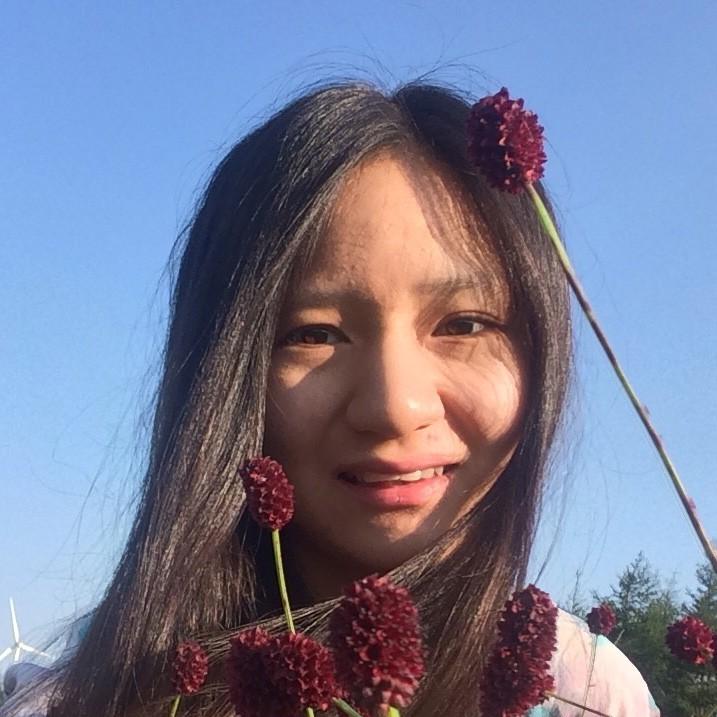 Headshot of Rongzhi
